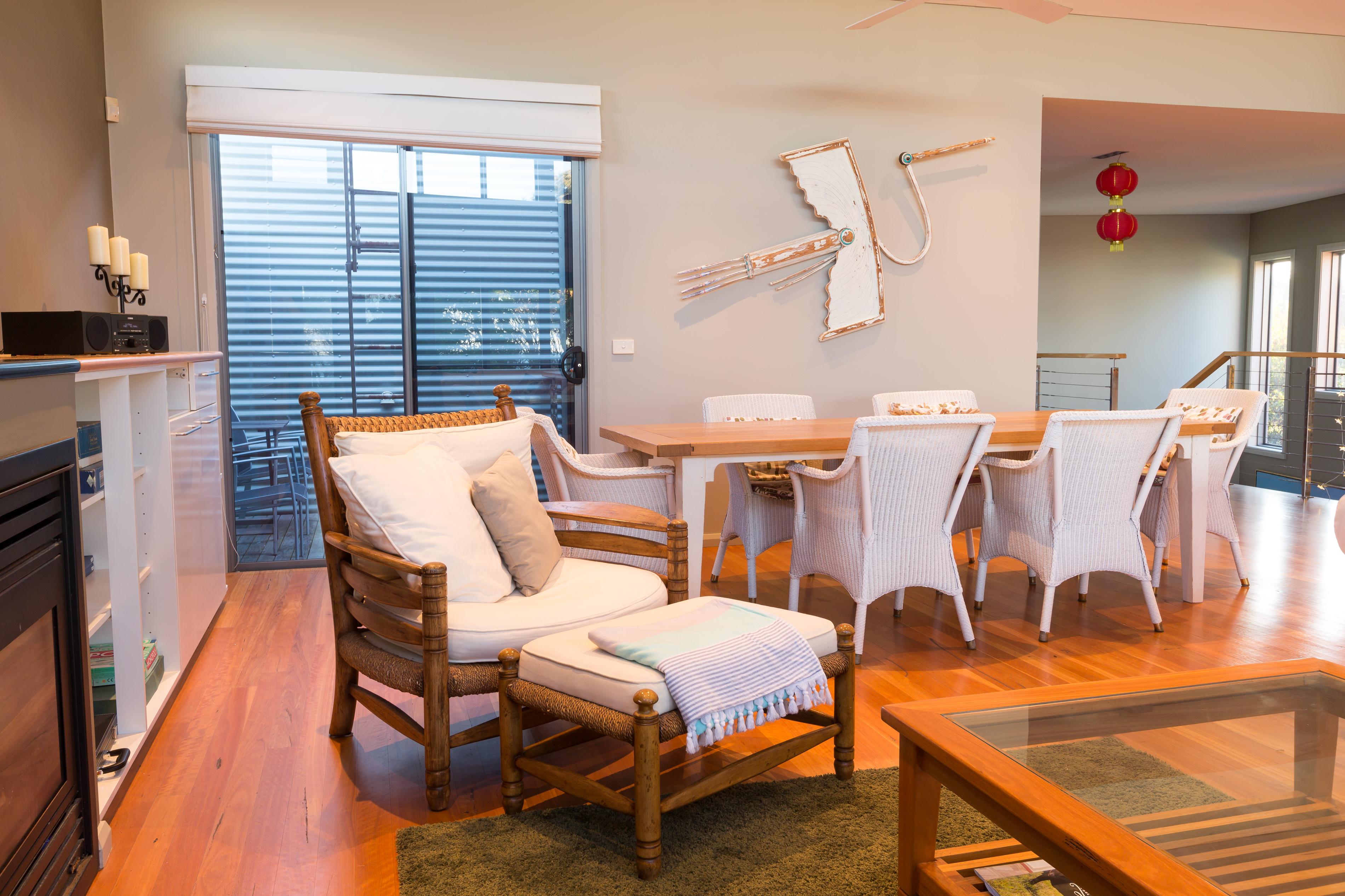 Black Diamond Beach House Comfy Chair, Real Estate Photography