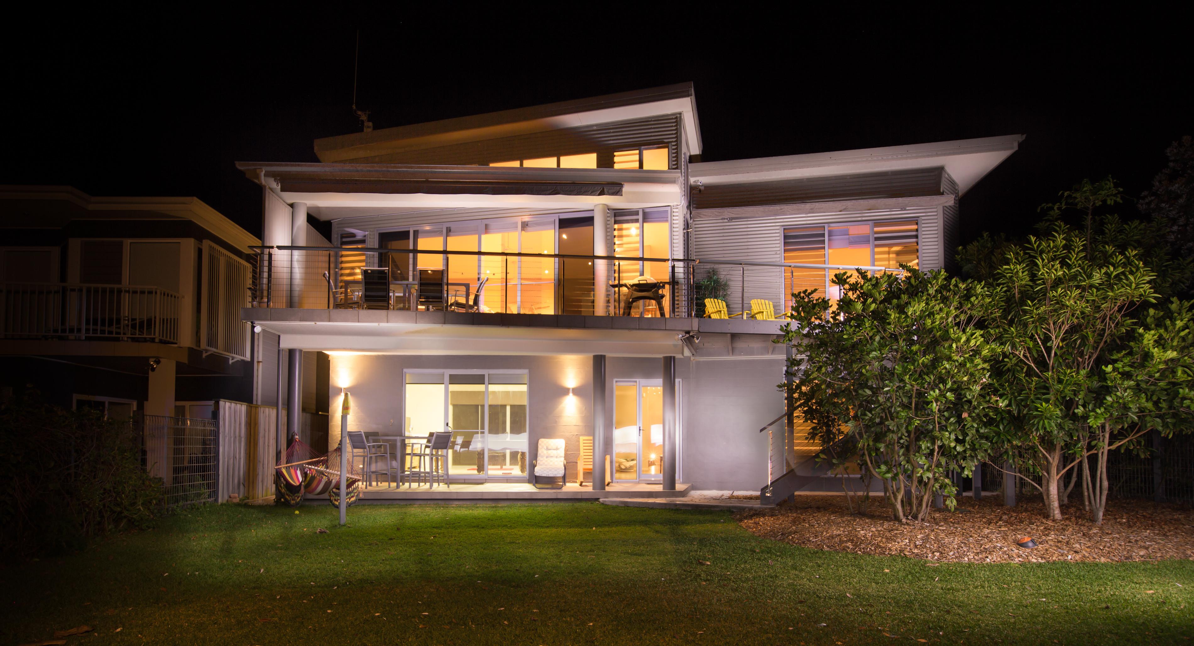 Black Diamond Beach House Backyard, Real Estate Photography
