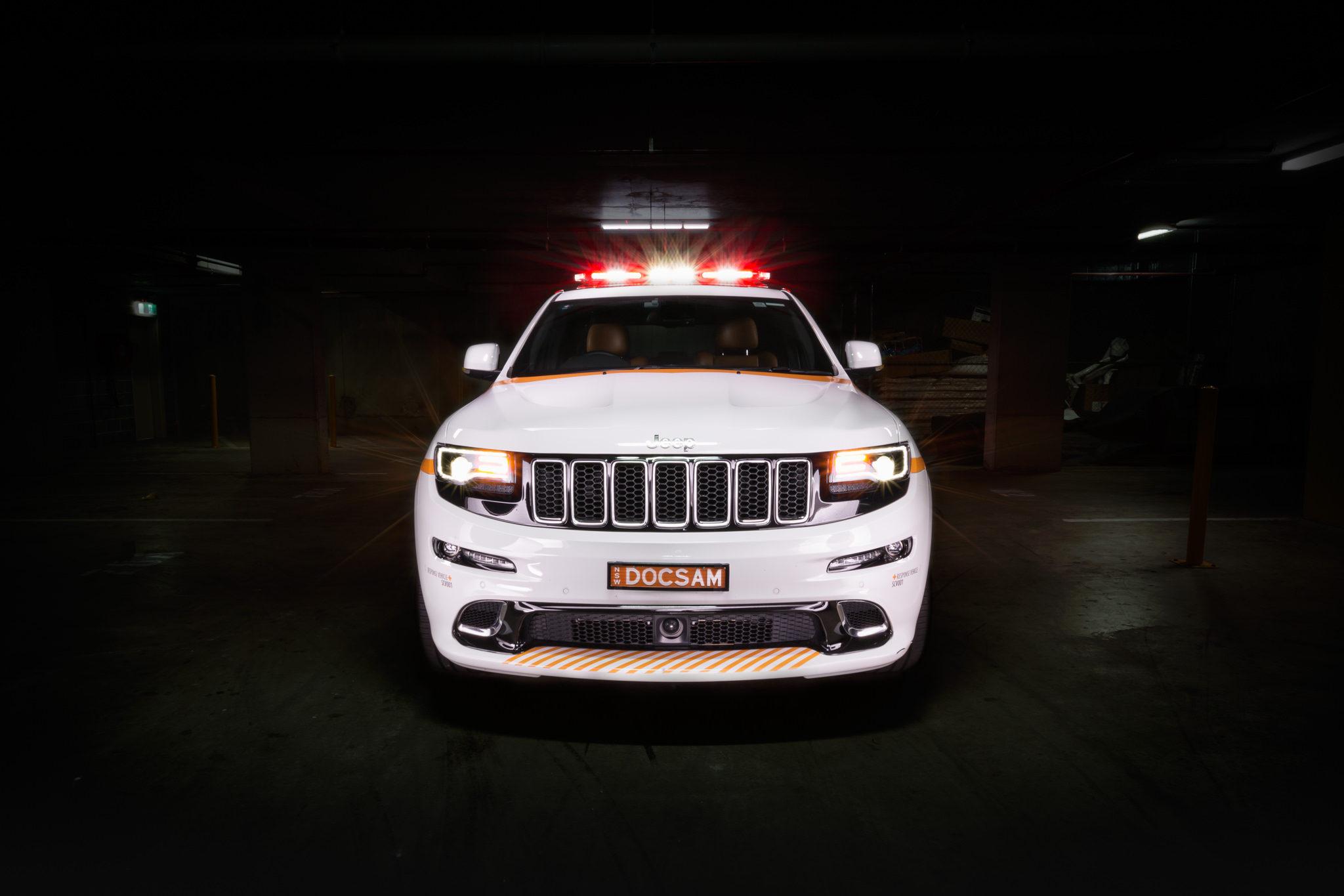 Southern Cross Vet Response Vehicle Grill, Jeep Grand Cherokee Car Photography