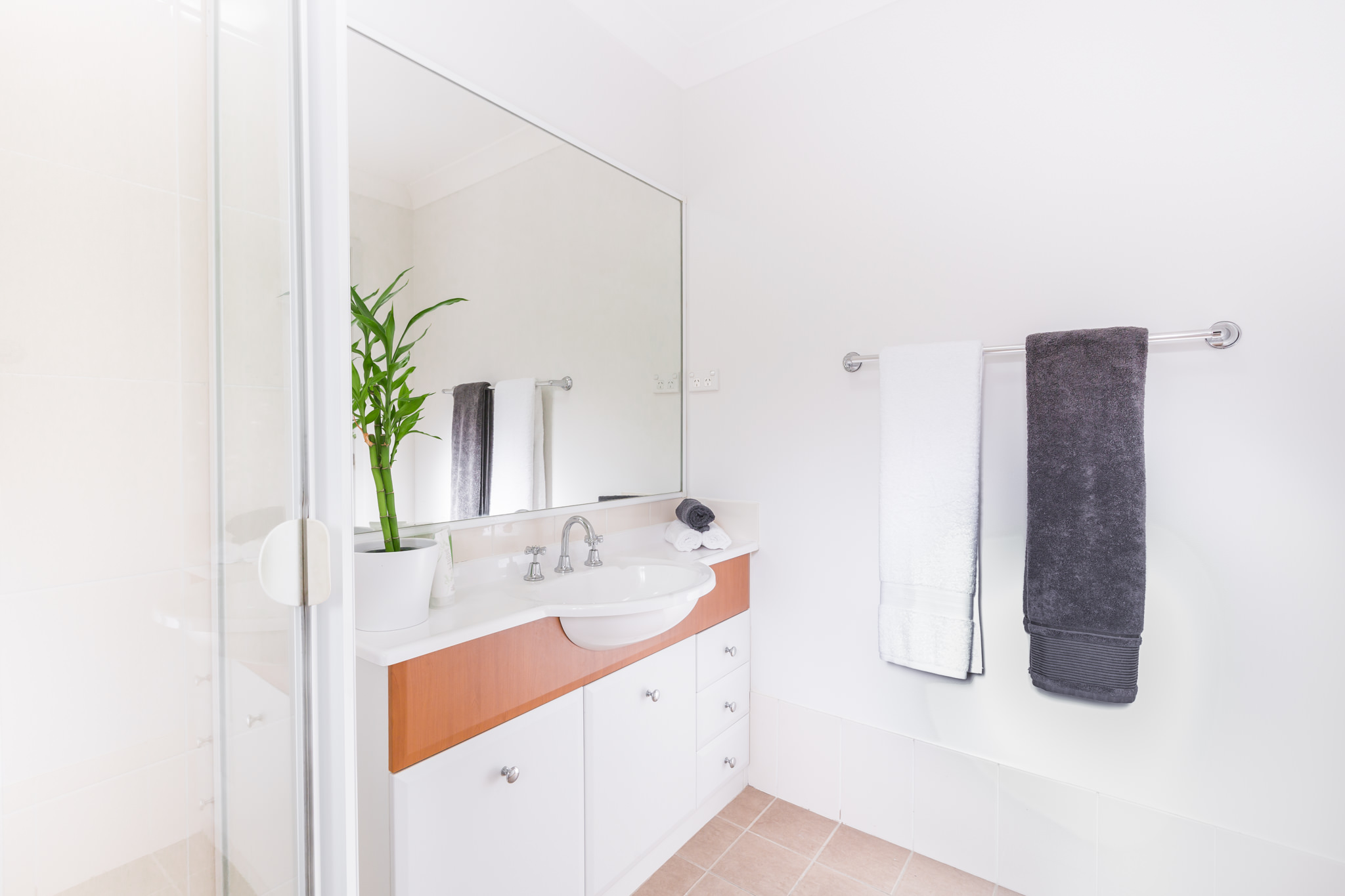 Master Bedroom Ensuite – Central Coast Real Estate Photography
