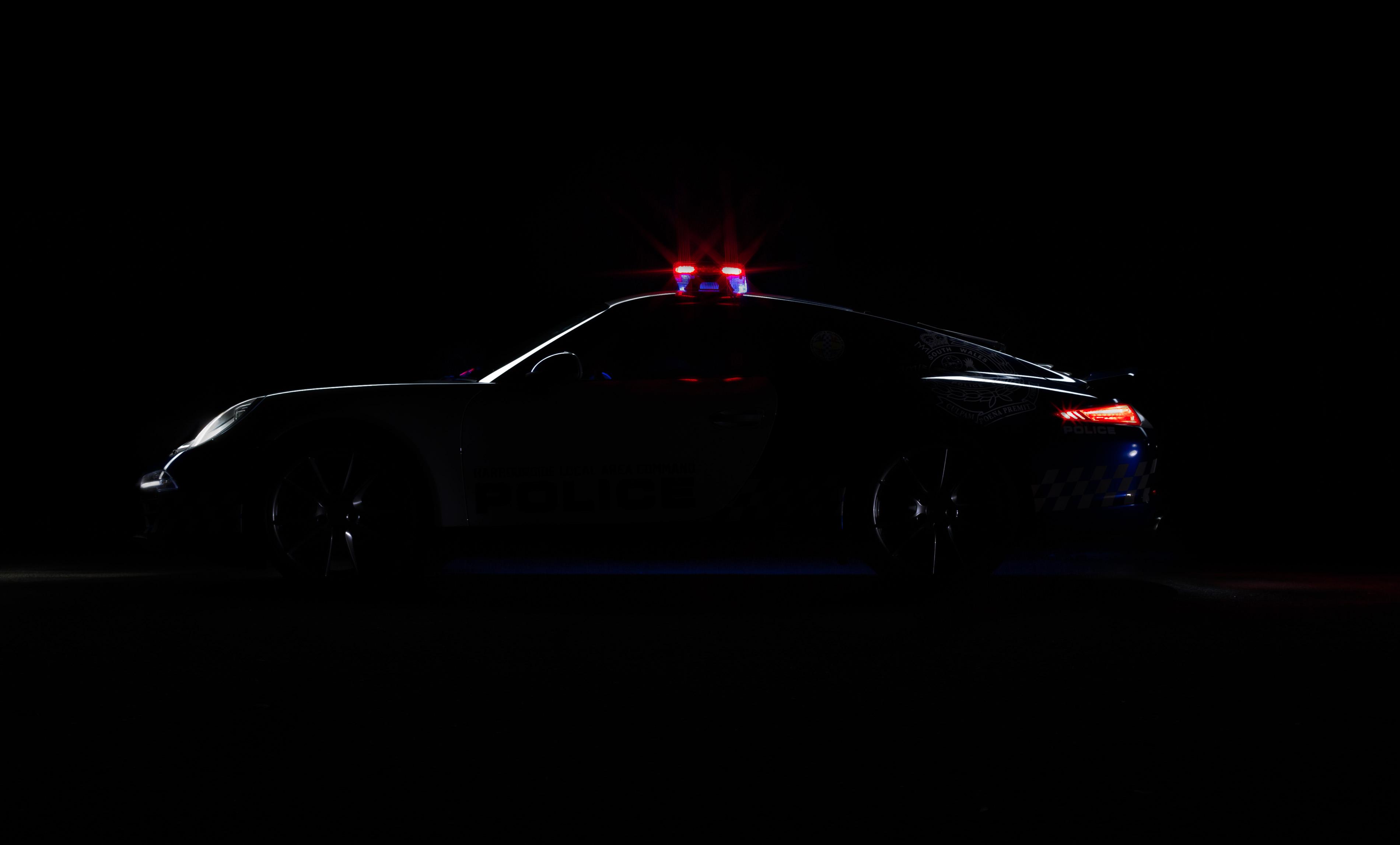 Car photography - Police Porsche 911 Silhouette