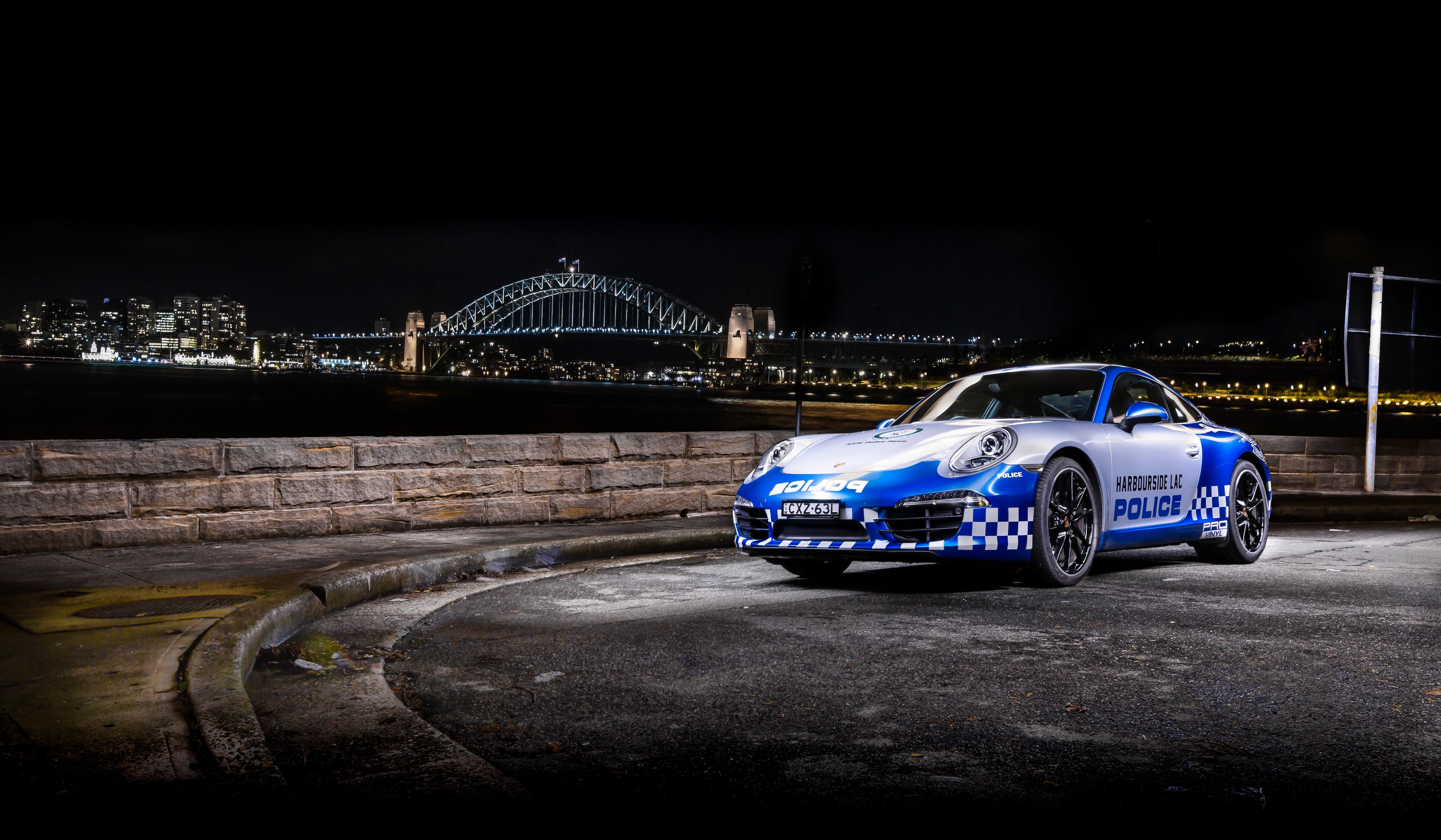 Car photography - Police Porsche 911 Front